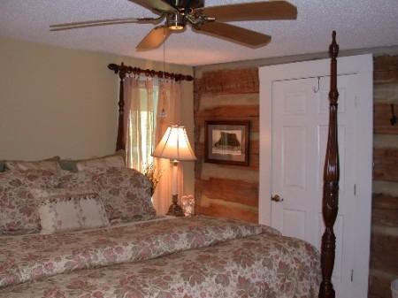 236_Guest Bedroom_large 13