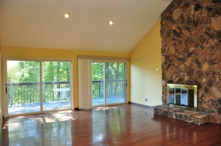 524 Rockland Road - Tour 04