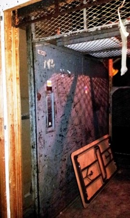 safe_and_elevator6