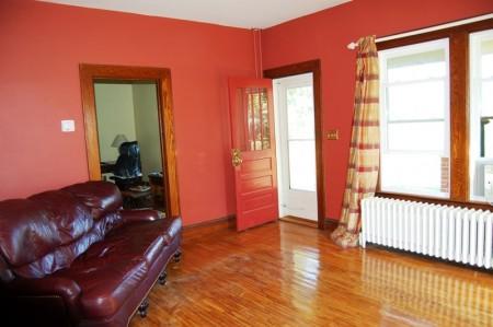 78r_living_room