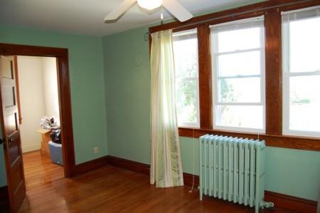 91_bedroom