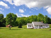 123 OAKWOOD COUNTRY ESTATE<br />3.77+/- ACRES