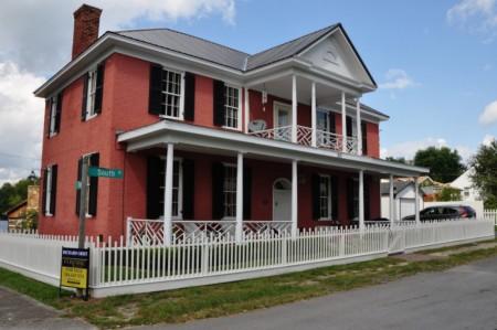 1820-historic-home-tour-001
