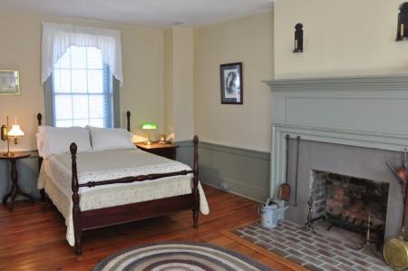1820-historic-home-tour-038