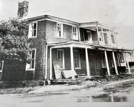 1820-historic-home-tour-052