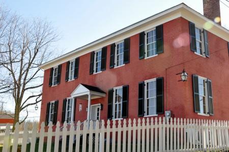 1820-historic-home-tour-053