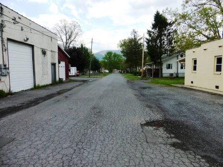 413 Main Street 024