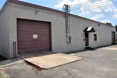 403 Melvina Street Commercial 003
