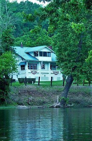 Calico River House 076