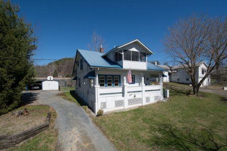 Calico River House 007