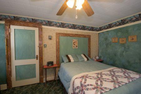 Calico River House 029