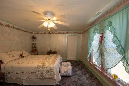 Calico River House 059